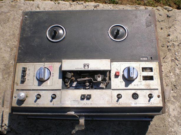 Магнитофон Маяк-203
