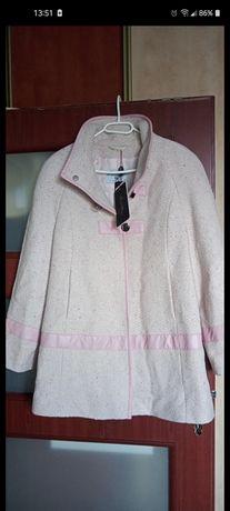 Płaszczyk różowy \sukienka