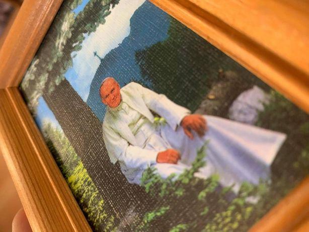 Obrazek religijny - święty papież Jan Paweł II - Drewniana ramka - HIT