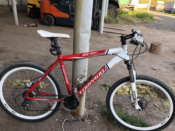 Продам горний велосипед Torpado на гідравлічних тормозах