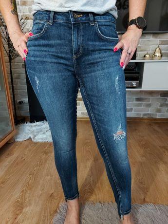 Spodnie damskie jeans ZARA, rozmiar 38