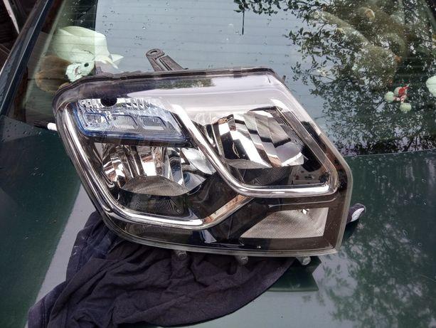 Dacia duster lampa prawa