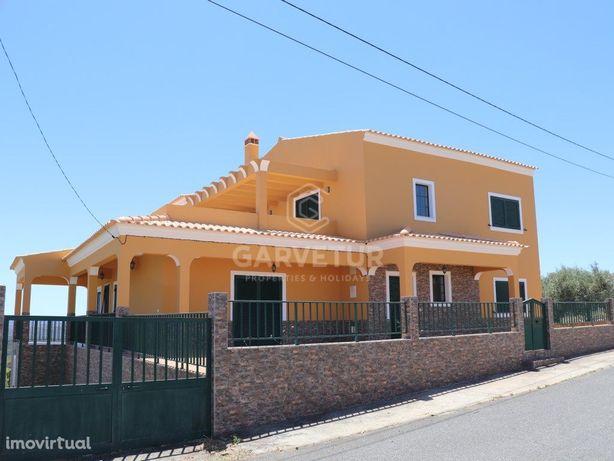 Moradia T3 isolada em Martim Longo, Alcoutim, Algarve