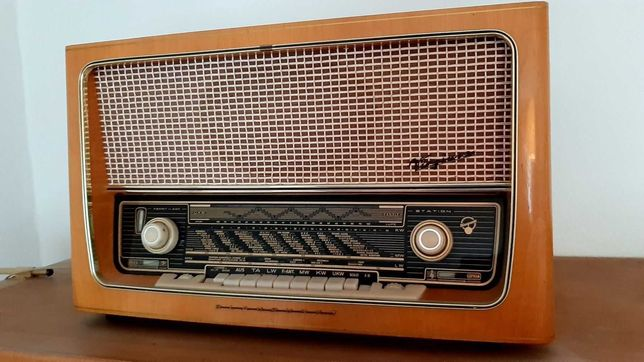 Radio antigo Blaupunkt ,  Model  Virginia 2530