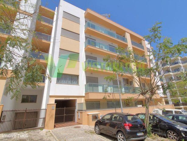 Apartamento T3 de Luxo, Com 3 suites e Garagem Box para 2...