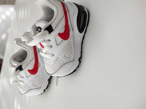 Buty NikeAir rozm 17 stan idealny