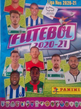 caderneta vazia de futebol 2020/21