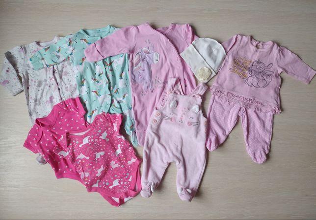 Детские вещи 50-56см на девочку в роддом
