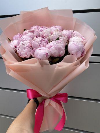Свіжі троянди/доставка квітів львів/101 троянда/піони/квіти/букети