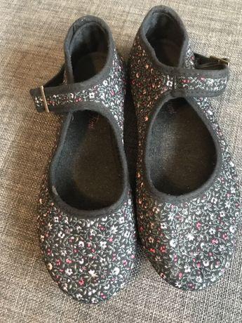 Baletki kapciuszki buciki
