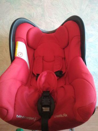 Продается автокресло Веве Confort aвтокресло CREATIS Fix (0-13 кг)