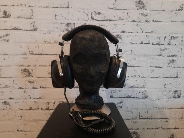 Słuchawki AK