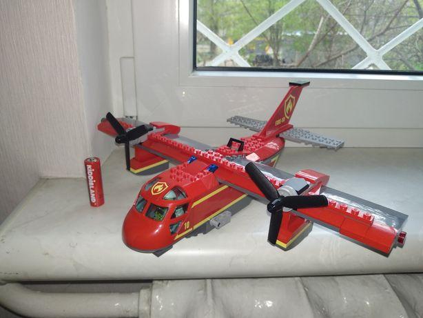 LEGO City Оригинальный пожарный Самолёт