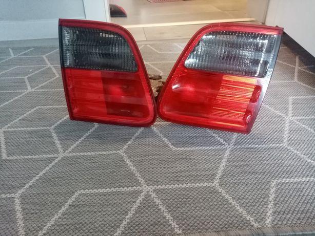 Lampa w klapie tylna tył prawa lewa Mercedes W210 Lift kombi okular