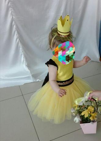 Платье на годик, желтое нарядное платье, золотые туфли корона на голов