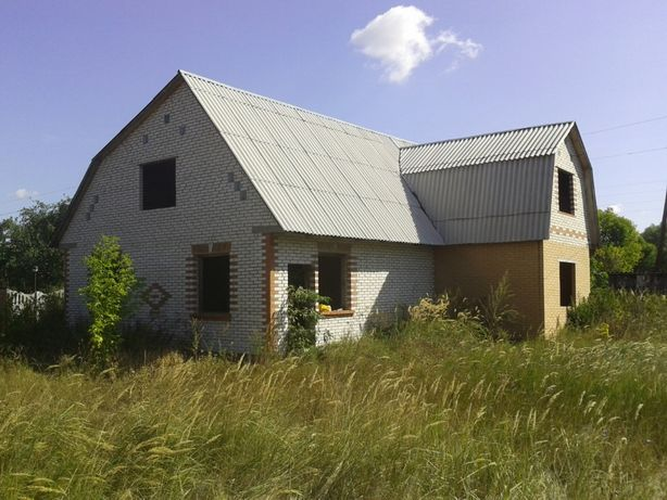 Дом с участком на берегу десны