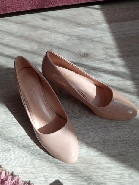 Туфли 40 размера
