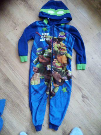 Pajac piżama 104-110