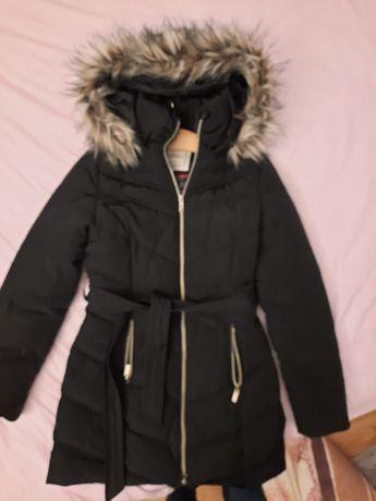 Czarna kurtka pikowana Modoo S 36 zimowa futerko
