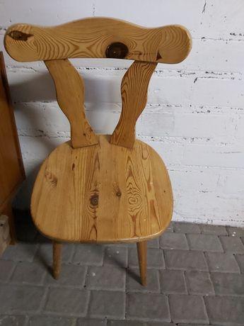 Krzesło drewniane lakierowane