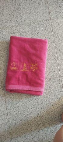 Cadeira de praia, e 2 toalhas  turco forte.
