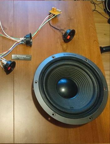Głośnik niskotonowy Pioneer z kolumny CS-775