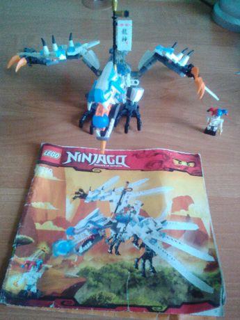 Lego 2260 Ninjago atak smoka lodu