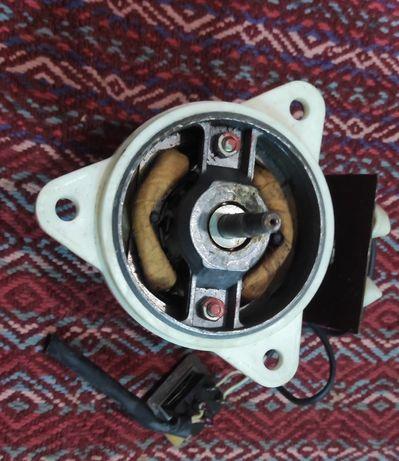 Двигатель для полотера эпо-3м