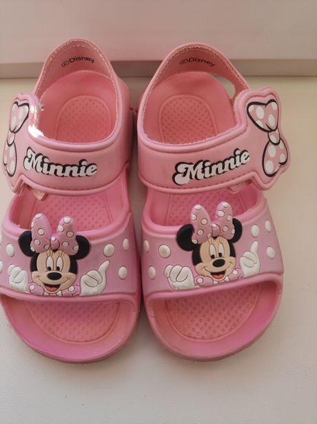 Sandałki kapcie Minnie 26