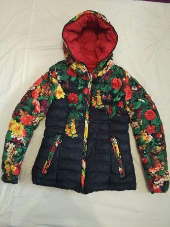 Продам куртку для дівчинки.