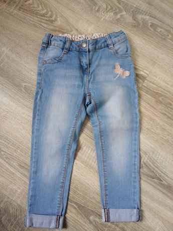 Spodnie jeansy na dziewczynkę