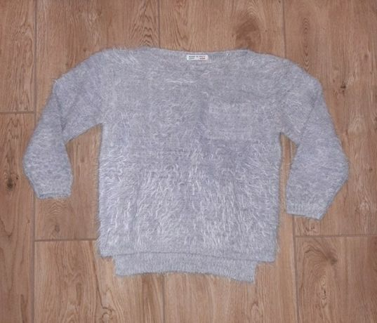 Szary, włoski sweterek