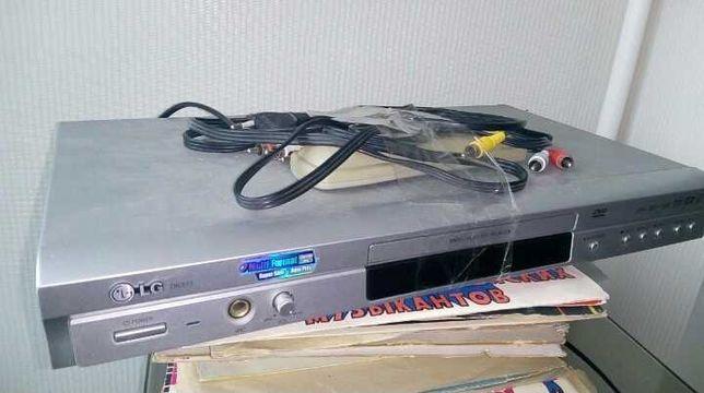 Видеоплеер LG DK373