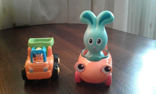 Инерционные машинки Huile Toys