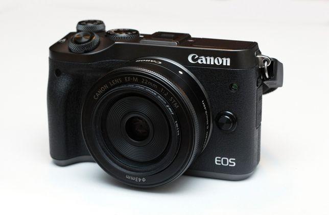 Aparat, bezlusterkowiec Canon EOS M6 + obiektyw, przejściówka, bateria