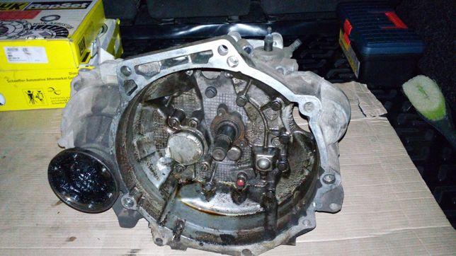 Коробка от Volkswagen Caddy 1.9
