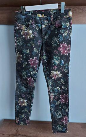 Spodnie jeansowe w kwiaty Fishbone r. 29