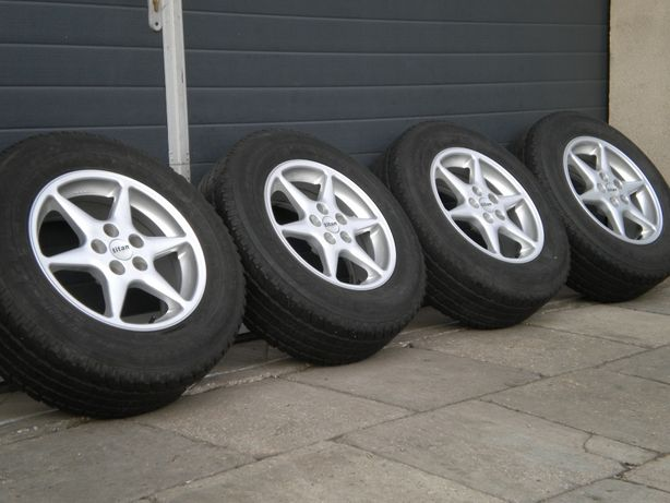 Koła felgi aluminiowe 16 5x114,3 Toyota Rav4 Hyundai IX35 ASX