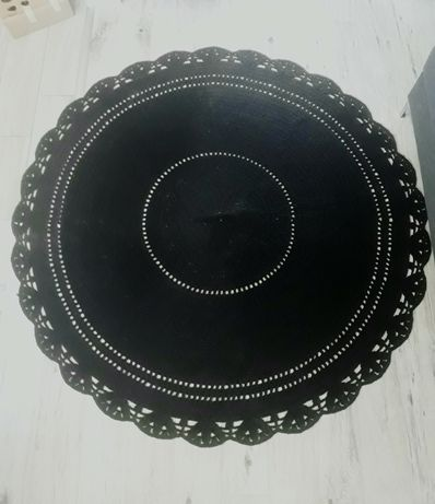 Dywan recznie dziergany robiony na szydelku 166 cm czarny okragly