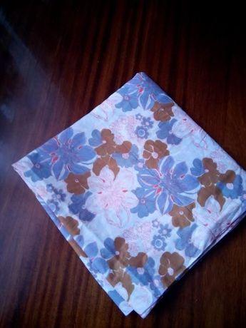 Отрез ткани натуральной х/б нежной цветочной расцветки 76х592