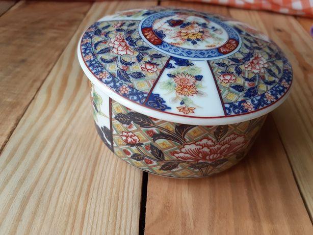 Продається японська шкатулка