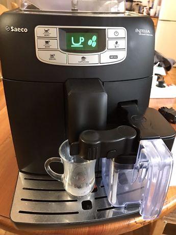 Кофемашина Saeco Intelia One touch Cappuccino HD8753
