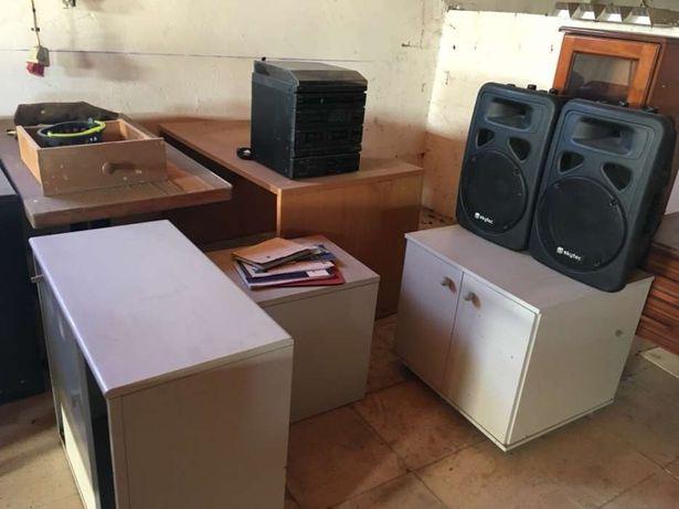 Lote de móveis de escritório