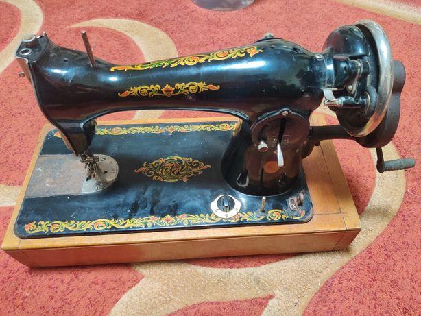 Ручна швейна машинка Подольск