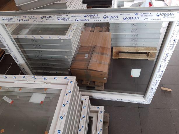 Uchylne okna inwentarskie okna gospodarcze przemysłowe BEZ metalu