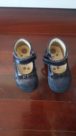 Sapatos Chicco - como novos
