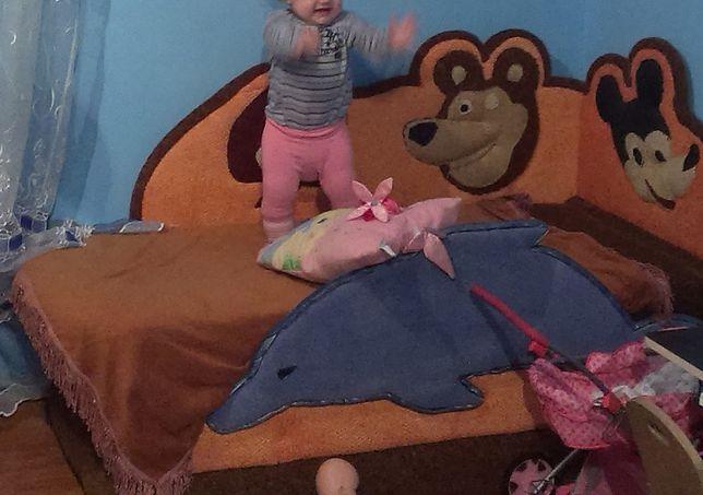 Продам дитячий диванчик