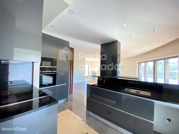 Apartamento T3 218m² Pedroso