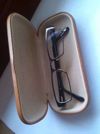 Tommy Hilfiger - óculos usados