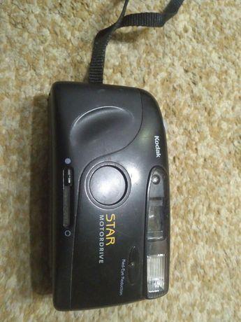 Продам плівковий фотоапарат Kodak STAR AF 35mm CAMERA чорного кольору